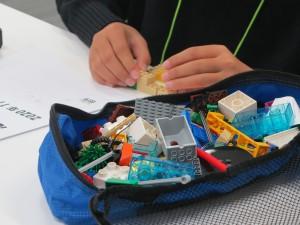 思考力入試体験で用意される一人1セットのレゴ®ブロック