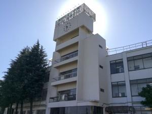 秋晴れ校舎