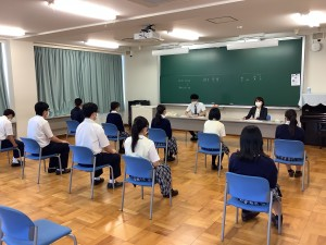 3年面接練習笹尾先生、豊田先生